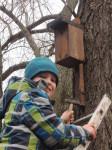 Vyvěšování hnízdních budek a polobudek 115
